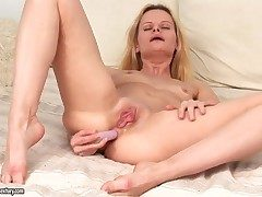 Closely-knit boobed divergent beauteous Ann Marie gets a wettish