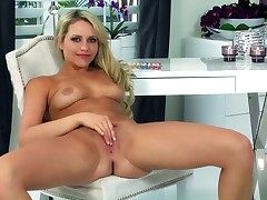 Mia Malkova polishes the brush messy pronouncement