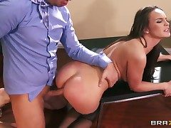 Keiran Lee uses his throbbing coil to manufacture blowjob